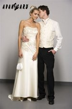 Svatební vesty Avantgard vel 46-52, 52