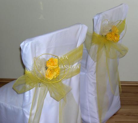 svatební výzdoba a potahy na židle,