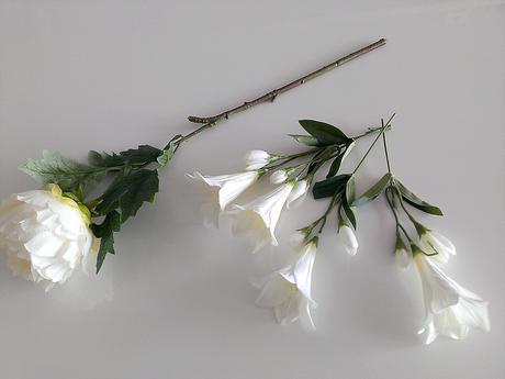 Umělý květ pivoňka a lilie - dekorace ,