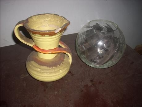 staré vázy,