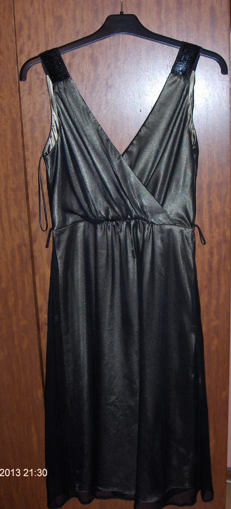 Kratke šaty, 38