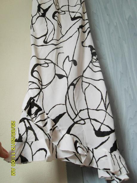 Bielo-čierne šaty na ramienka - S, 36