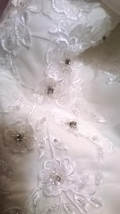 Svatební šaty Amy slonová kost, 44