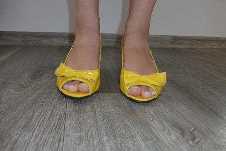 Svatební botičky, žluté s mašličkou, 37