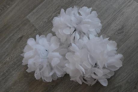 Umělé kytky na skřipec,