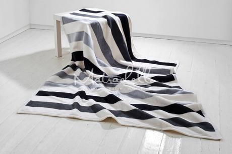 Moca bavlněná deka Stripes Grey v rozměru 150x200 ,