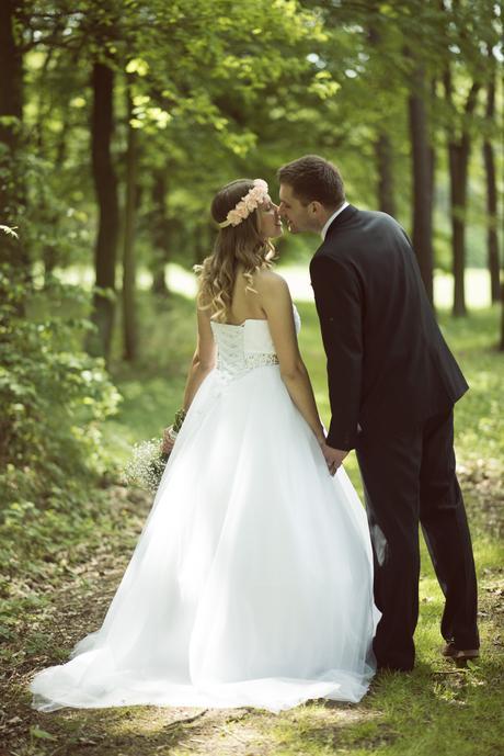 Svatební šaty velikost 36-40, vhodné i pro těhotné, 38