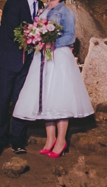 """krátké """"retro"""" svatební šaty, 42"""