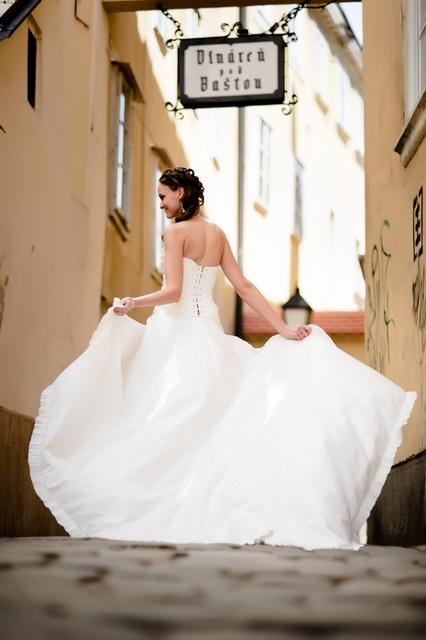 Luxusné svadobné šaty Parížskej zn. Cymbeline, 37
