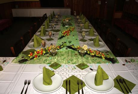 Ozdoby na stůl-orchideje,