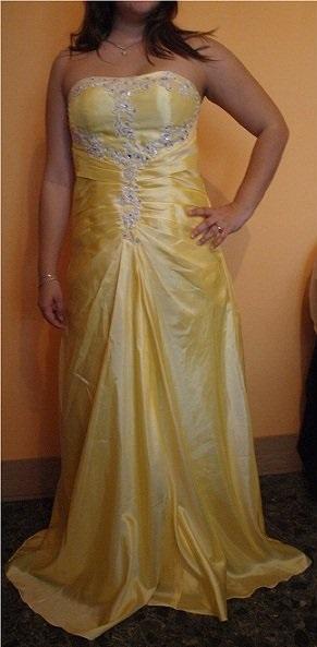 Nádherné žlté šaty, 44