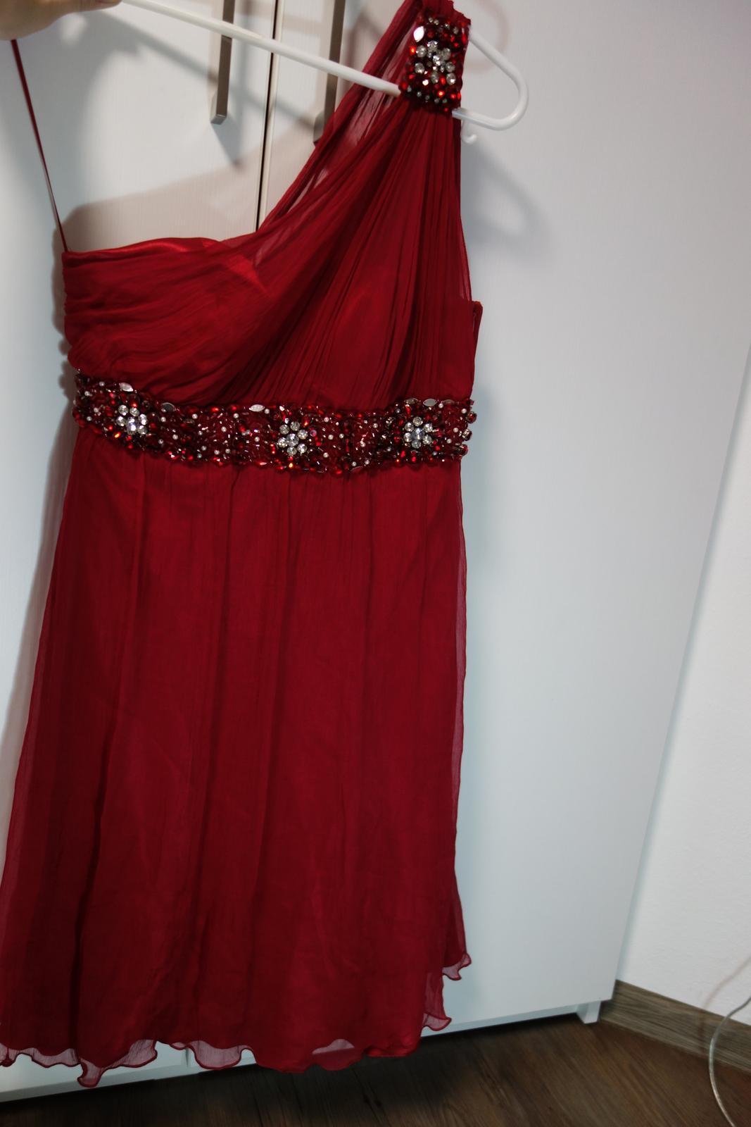 88ea7b829ddc Vínové šaty velikost 36 38