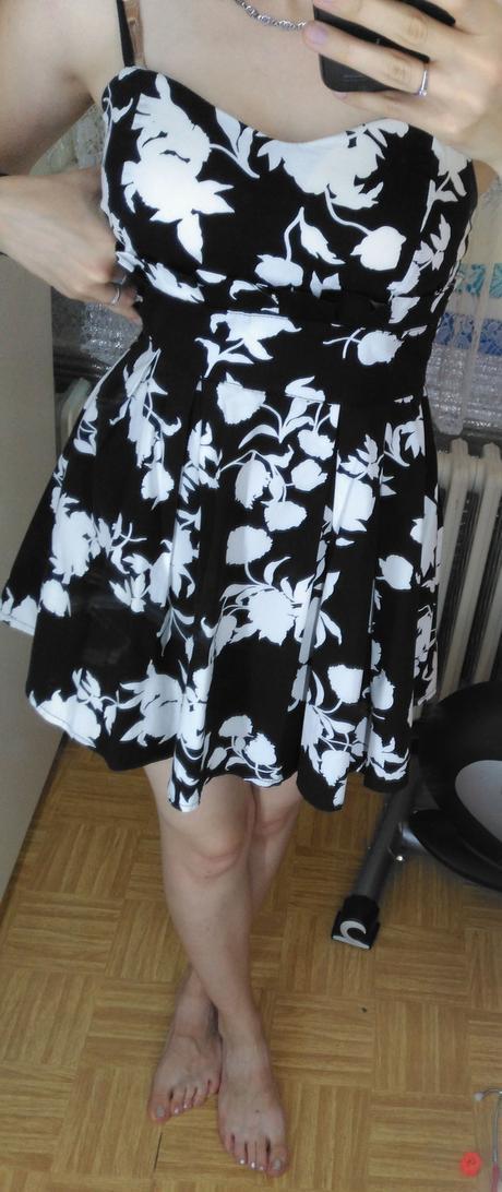 černobílé šaty velikost 36/38, 36