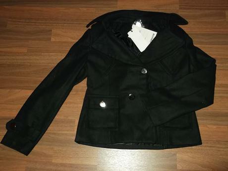 nenosený čierny kabátik, XL