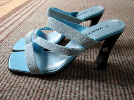bledomodré sandálky - nenosené, 39