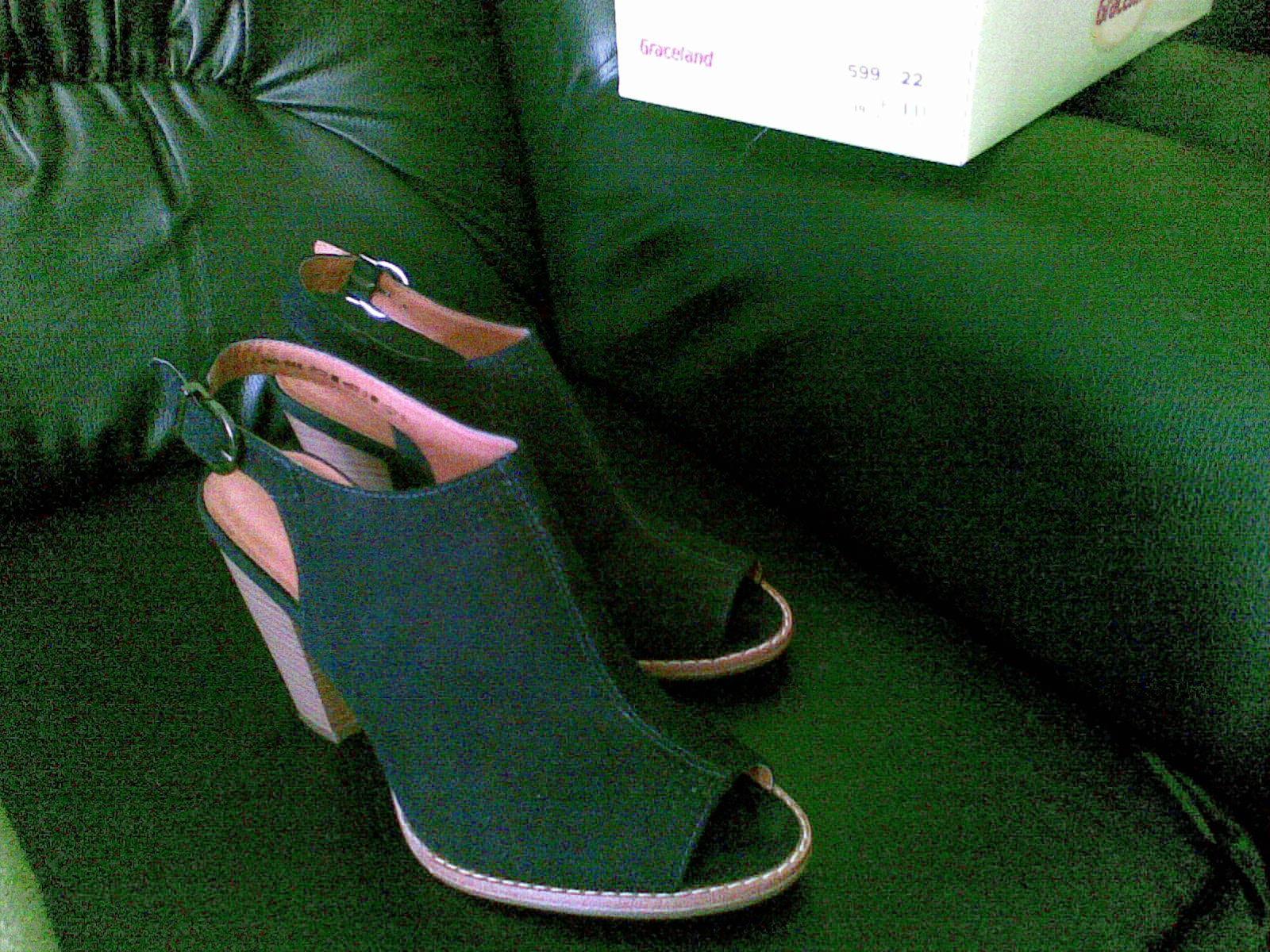 7e809ad12b71 Semišové sandále-deichmann