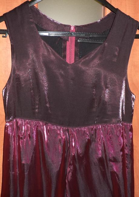 Bordové šaty, 38