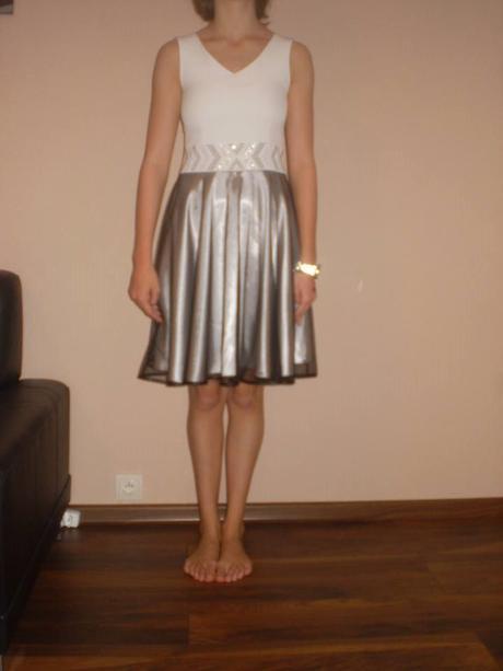 Dievčenské šatky, 36
