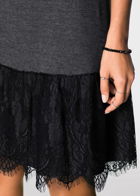 Šedo-čierne šaty, 38