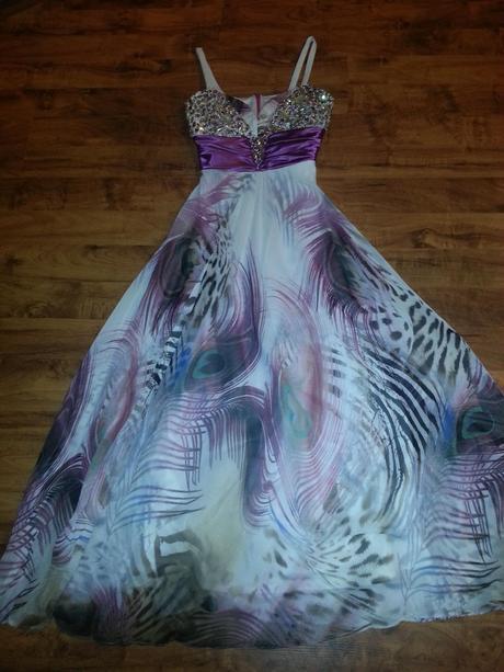 spoločenské šaty s kamienkami, 40