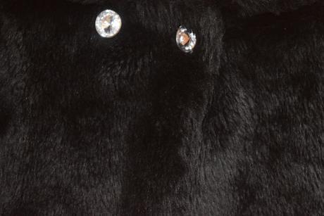 slavnostní kabátek, 134