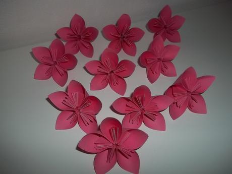 papírové květy,