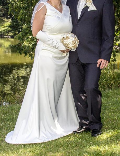 Svadobné šaty pre nevestu, 40