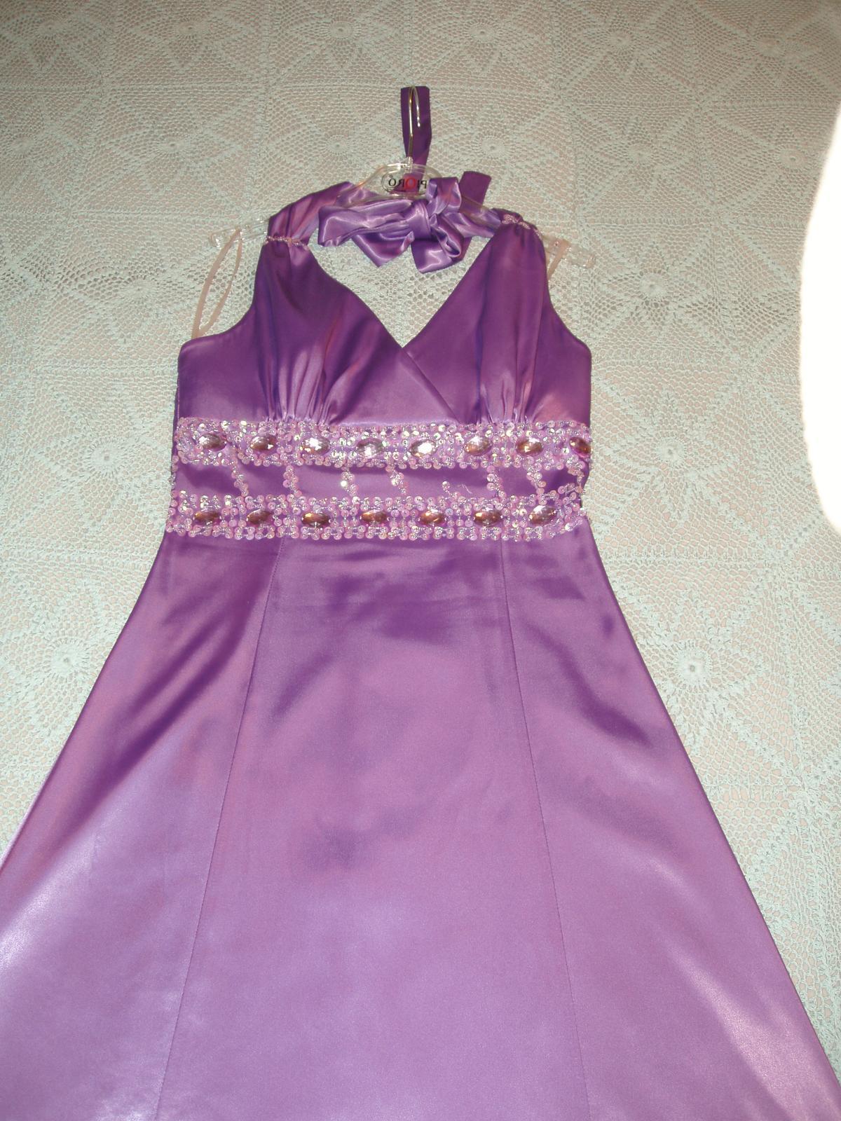 4d2c2fe0354d Fialové spoločenské šaty