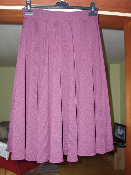Sukňa s vysokým pásom, 38