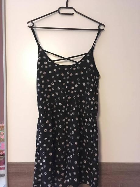 Černé lehké letní šaty s puntíkem, 36