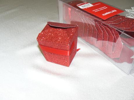 krabička na darčeky pre hostí,