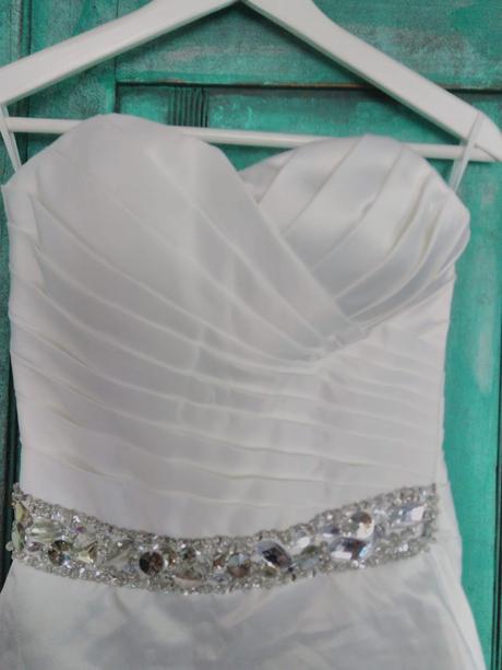 Svatební šaty krátké, 34