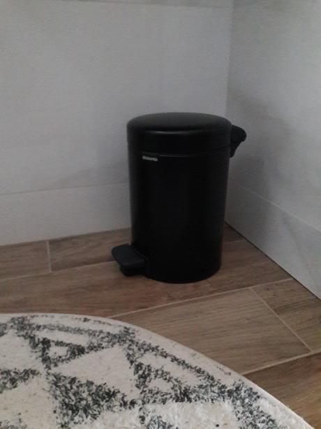 odpadkový kôš emerson black brabantia,