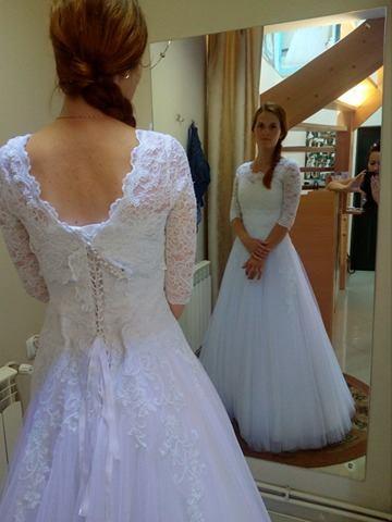 Čipkované svadobné šaty, 35