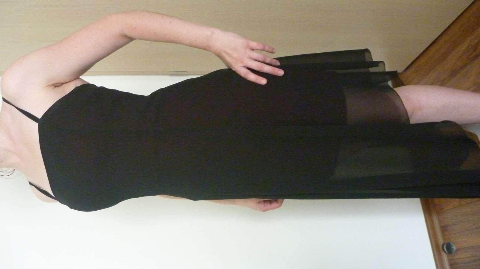 ba925e6de67 Luxusné spoločenské šaty - apart