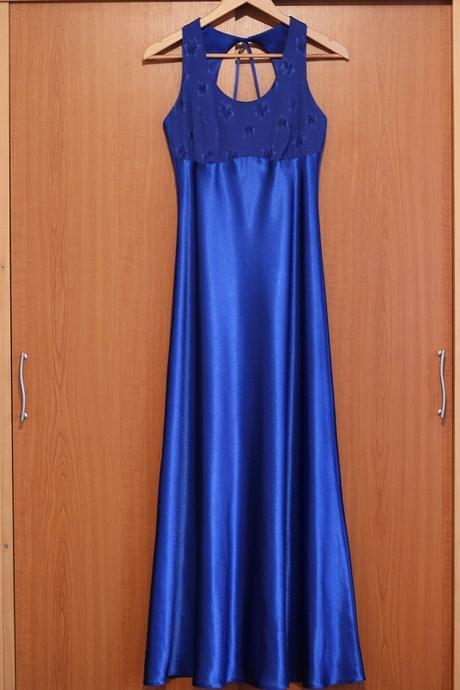 a876ba4b075e Dlhé saténové šaty