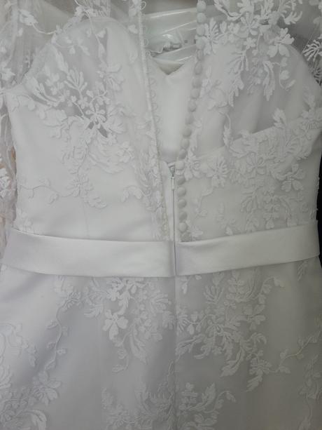 čipkovane svadobné šaty +závoj, 38