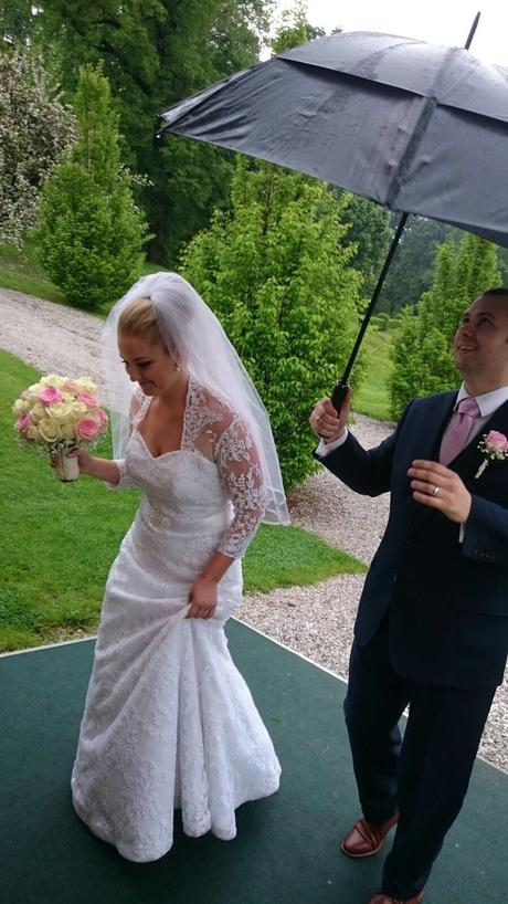 čipkovane svadobné šaty +závoj, 40