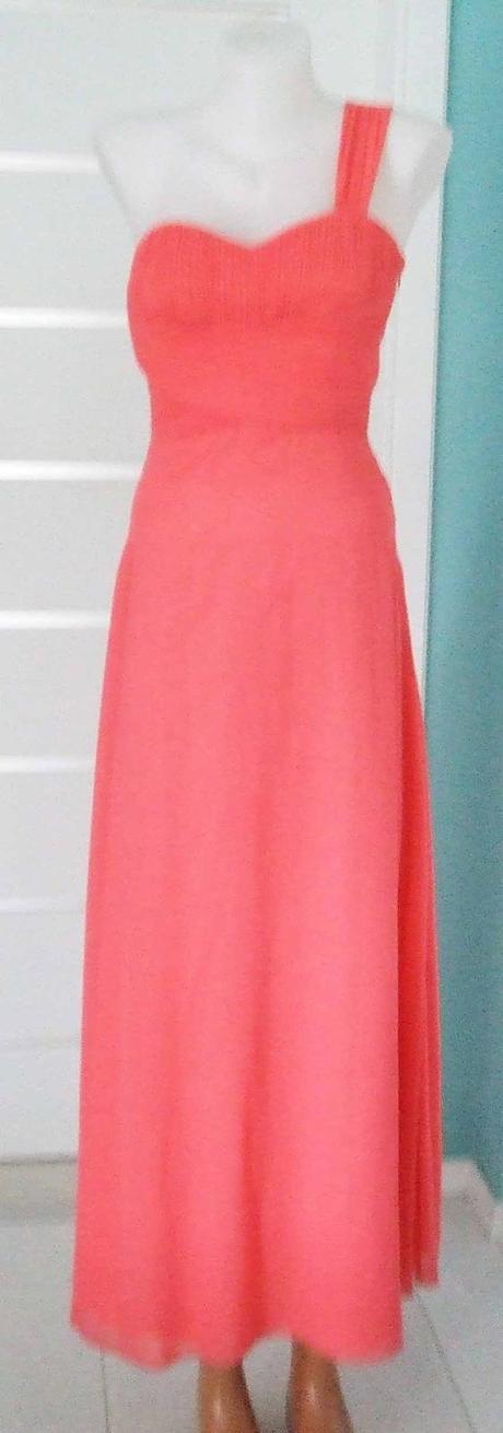 Červánkové plesové/společenské šaty, 36