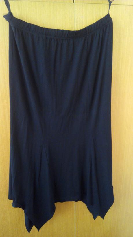 Cípatá společenská sukně xxl, 46