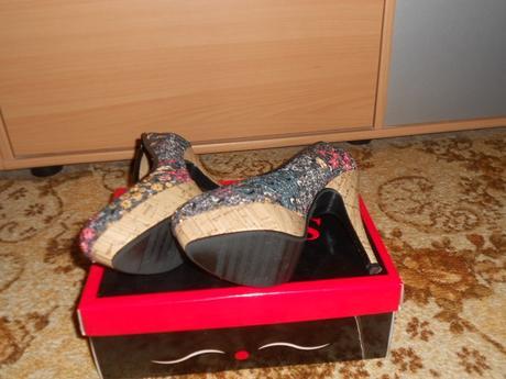 kvetinkové topánky s platformou, 36