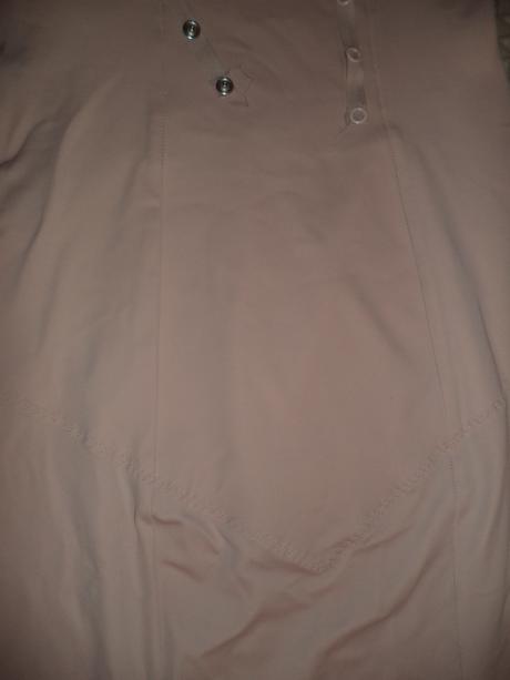 sťahovacie šaty, M
