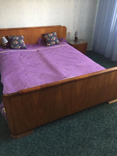 Orechová spálňa ,