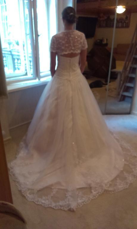 Svatební bílé šaty krajka vel. 38, 38