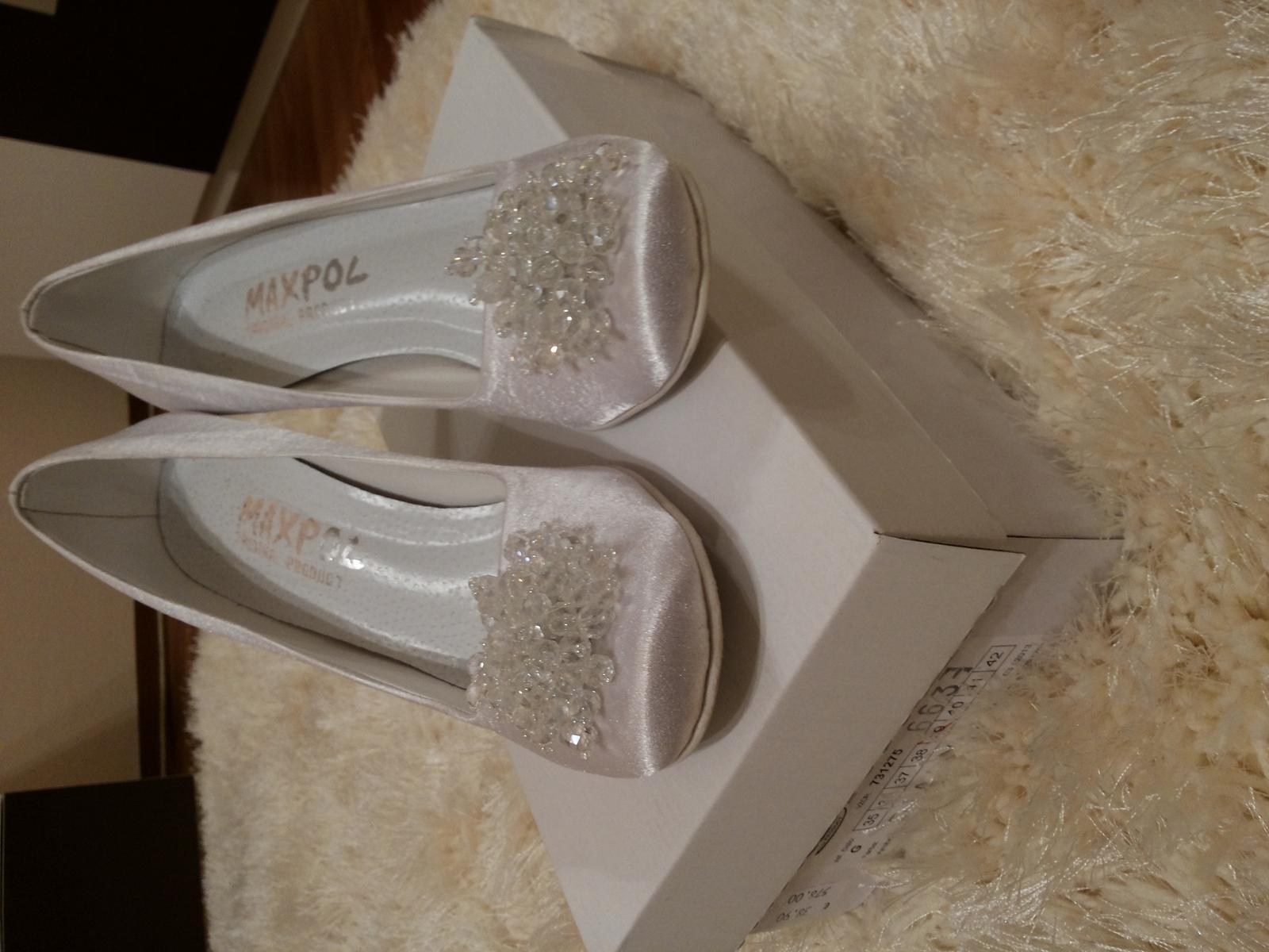 2e2f5e69b7de1 Zaujímavé svadobné topánky, 39 - 10 € | Svadobný bazár | Mojasvadba.sk