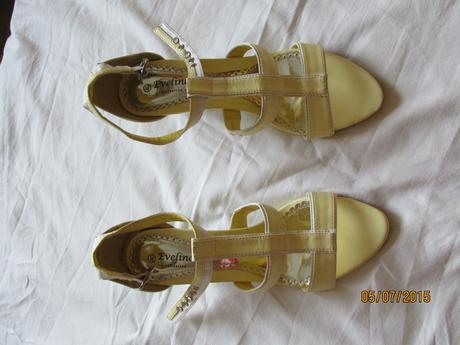 Žluto-bílé páskové lodičky vel. 40 , 40