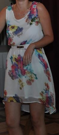 Biele šifónové šaty s kvetmi, 38