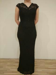 Čierne dlhé čipkované šaty 6fbfc6f8589
