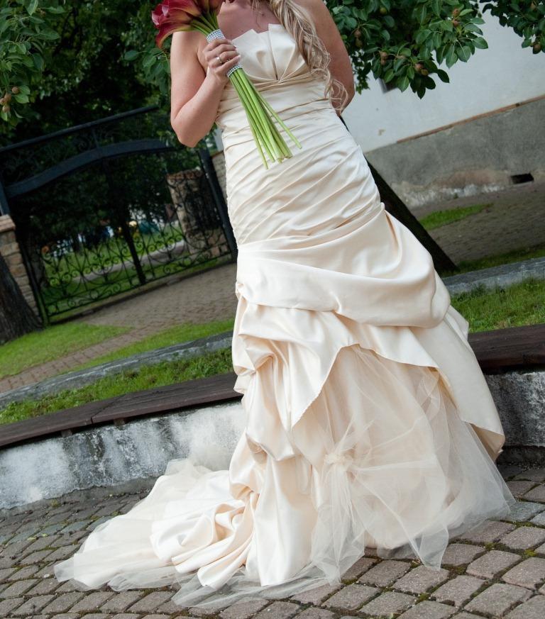 4ba79ab122ae Svadobné šaty + spoločenské šaty