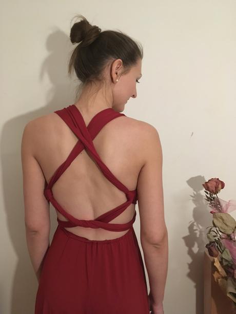 Šaty pro družičky, M